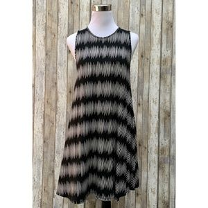 Tart Collections | Sleeveless Flare Dress